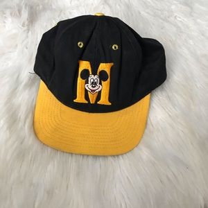 Vintage Mickey Mouse snap back cap